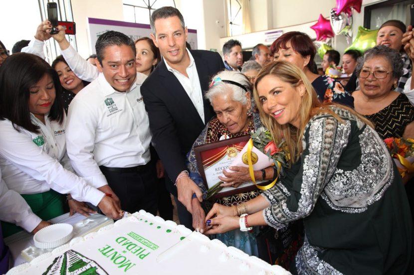 Reconoce AMH servicio del Monte de Piedad de Oaxaca en su 85 Aniversario