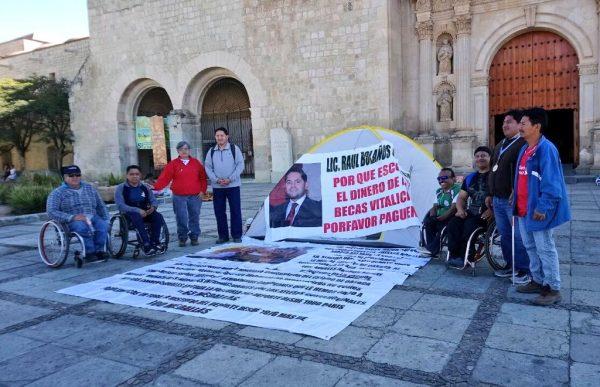 Medallistas Paralímpicos de Oaxaca, exigen pago de becas