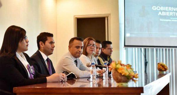 Capacita Congreso a trabajadores para la construcción de un Parlamento Abierto