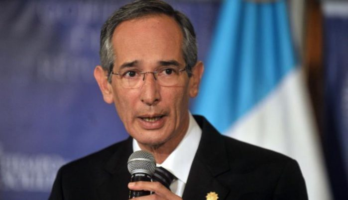 Capturan a expresidente de Guatemala por corrupción