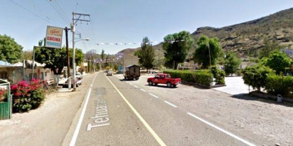 Asaltan camioneta que transportaba carne en carretera de Huajuapan