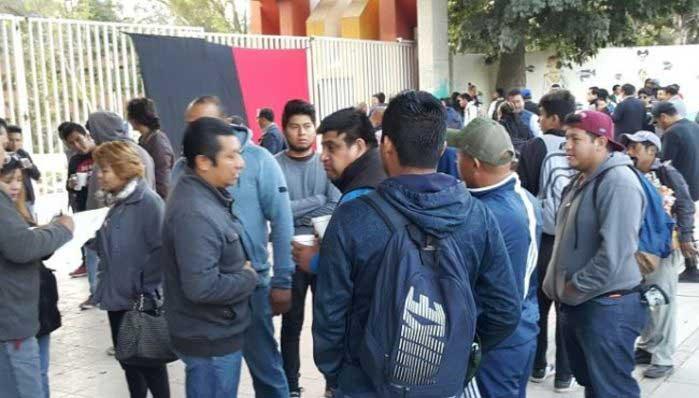 Estalla huelga en la UABJO por incumplir demandas
