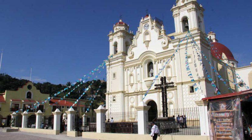 Restringen acceso al Santuario de Juquila por daños causados por sismo