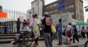 Personal de Salud se rebela a sindicato, mantiene paro
