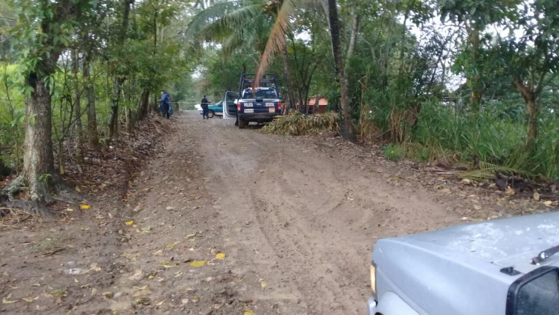 Acribillan a 4 personas dentro de una camioneta en Oaxaca