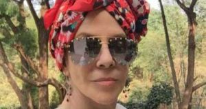 Rebecca Jones reaparece en su lucha contra el cáncer