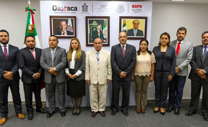 Realiza Director del IEEPO nuevos nombramientos