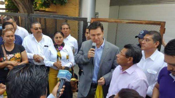 Protesta dirigencia del PRD Oaxaca contra imposición de candidatos; acusa alianza de líder nacional con URO