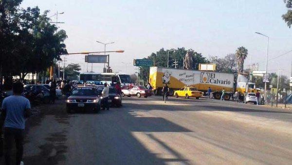 Sección 22 pone en marcha diversos bloqueos en Oaxaca