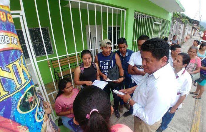 El poder político debe estar al servicio del pueblo: Molina