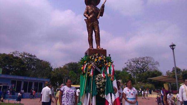 Conmemoran 99 aniversario luctuoso de Emiliano Zapata en San Bartolo
