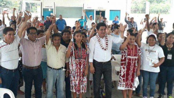 Anteponiendo proyecto de AMLO, Irineo Molina recorre comunidades de Valle Nacional
