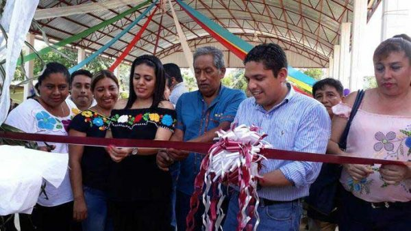 Arroyo Espuma con nueva Casa de Salud y Techado de usos Múltiples en Jalapa de Díaz
