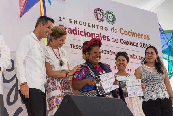 Asiste Gobernador de Oaxaca al Segundo Encuentro de Cocineras Tradicionales