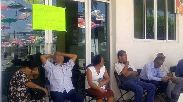 Jubilados y pensionados de Tuxtepec recibirán bonos del 2017