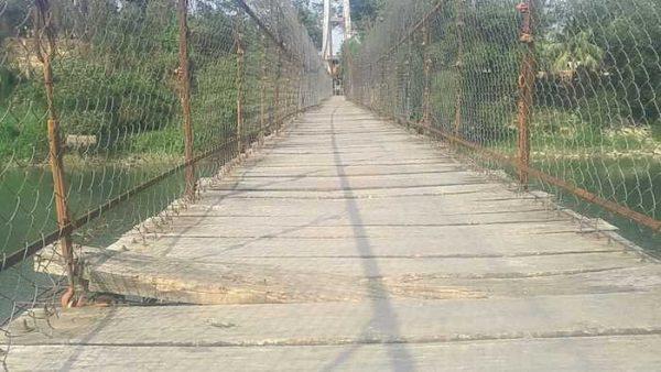 Asegura Director de Obras que puente de San Bartolo se terminará a finales de enero
