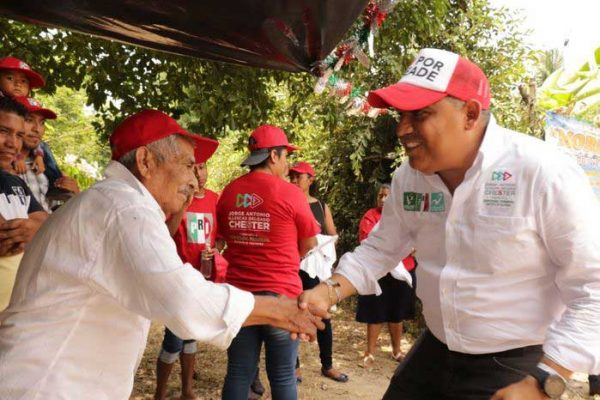 Devolver la confianza a San José Chiltepec es mi compromiso: Jorge Illescas