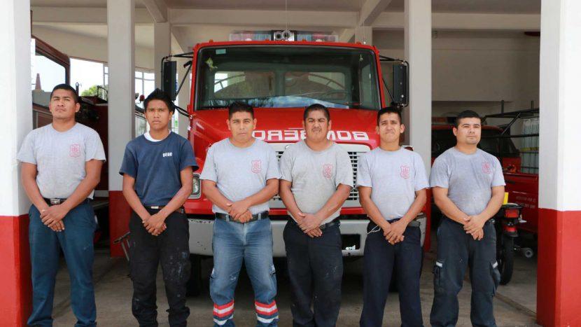 """""""Que no decaiga el ánimo"""", piden bomberos a ciudadanía ante reto que lanzaron"""