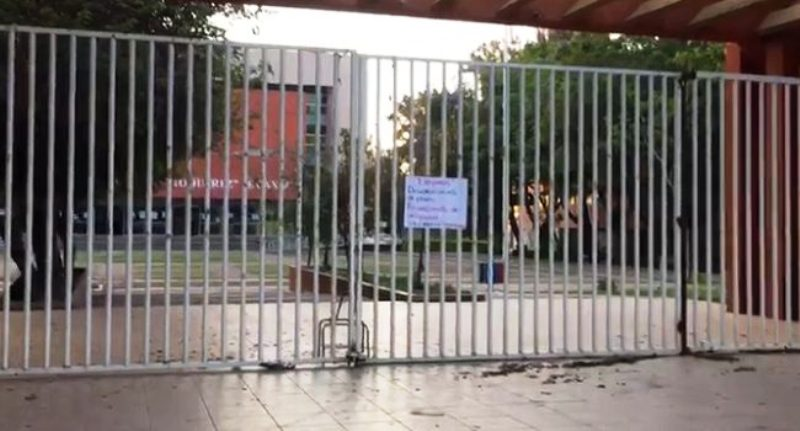 Secuabjo cierra la Universidad para exigir atención a demandas