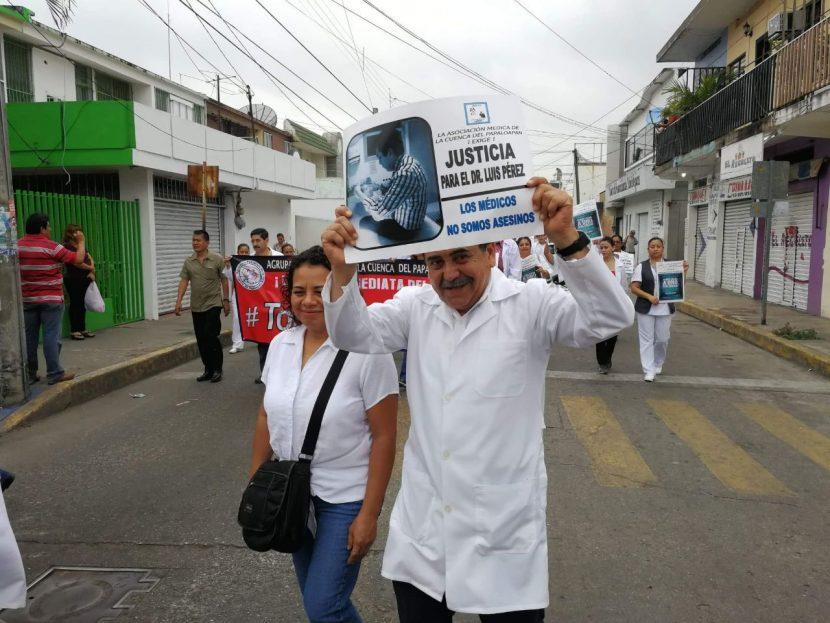 Detienen a nestesiólogo en Tuxtepec, lo acusan de negligencia