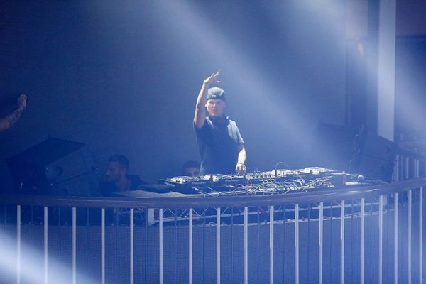 #ÚltimaHora Muere Avicii: el DJ sueco tenía 28 años