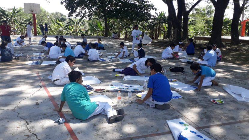 Realizan taller de dibujos para concientizar a la nueva generación de preservar el pulmón de Tuxtepec