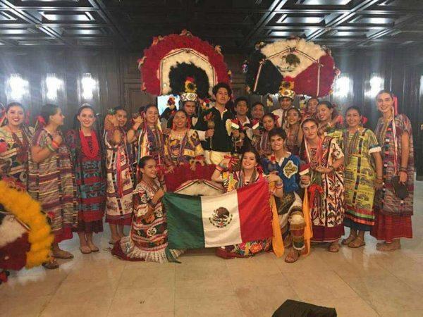 Flor de Piña gana concurso en Rusia, pero con otra coreografía +VIDEO