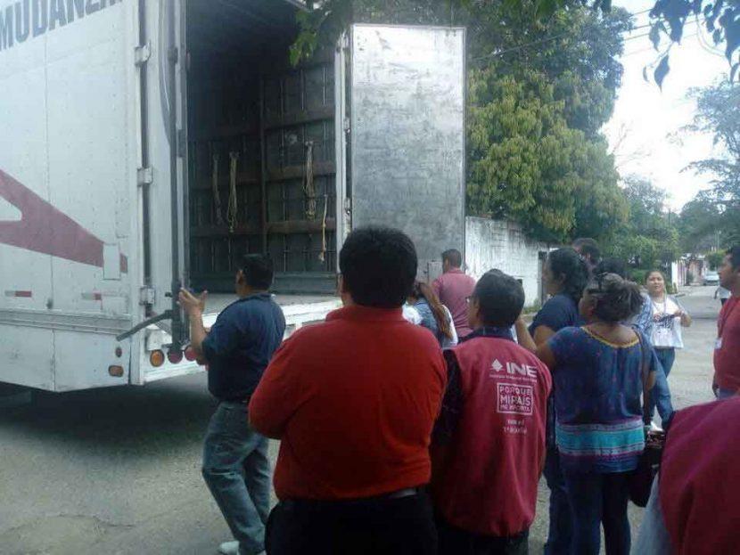 Llega paquetería electoral no resguardable a Tuxtepec