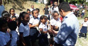 Cuenta El Crucero con casa de salud y sanitarios en su escuela en Jalapa de Díaz