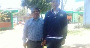 Estudiante Jonatán Cruz va a la Olimpiada Nacional de Matemáticas