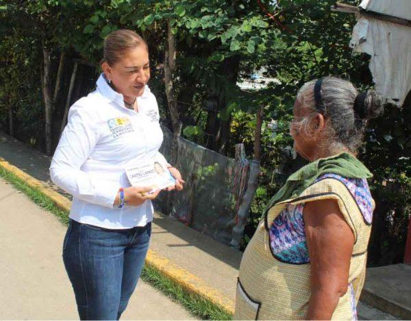 No me interesa debatir prefiero seguir escuchando y atendiendo a la ciudadanía: Laura Castellanos