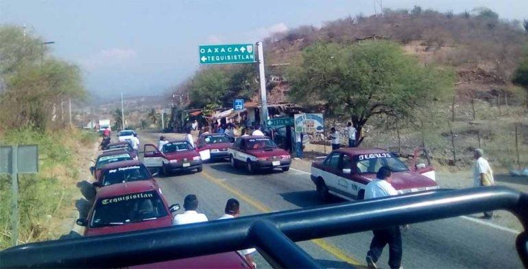 Bloqueo impide el paso hacia el Istmo de Tehuantepec
