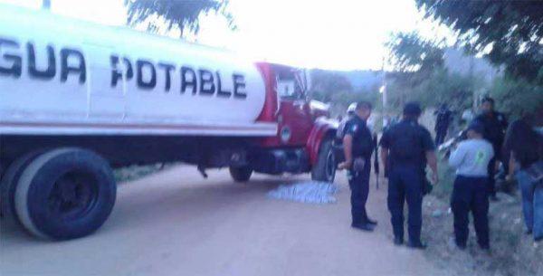 Muere menor atropellado por una pipa en Oaxaca