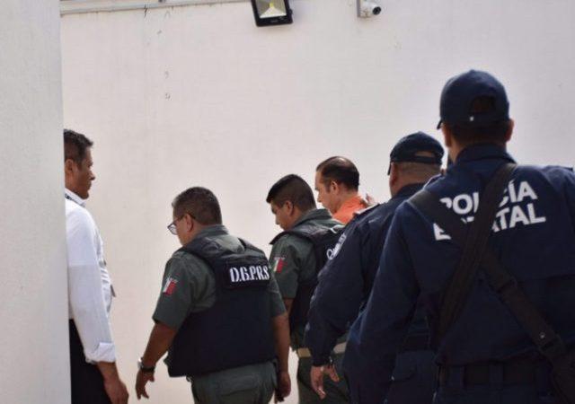 Vinculan a proceso a exfiscal de Veracruz por desaparición forzada