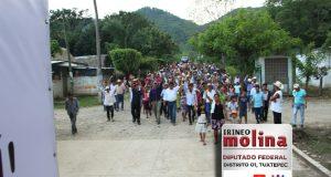Jocotepec se desborda en apoyo a Irineo