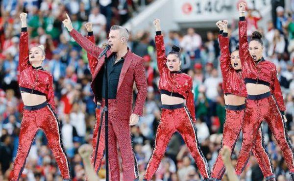 Robbie Williams agridulce actuación