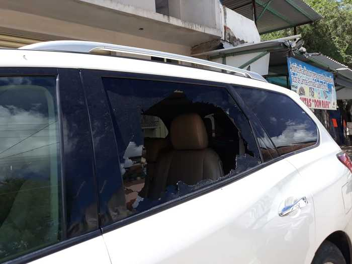 Dañan camioneta de candidata a la Presidencia Municipal de Huajuapan