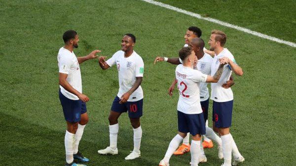 Inglaterra aplastó (6-1) a Panamá y se clasificó a octavos de final