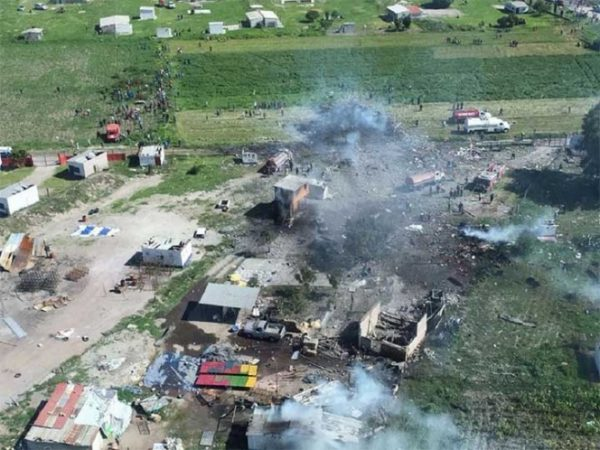 Se eleva a 19 el número de muertos en Tultepec