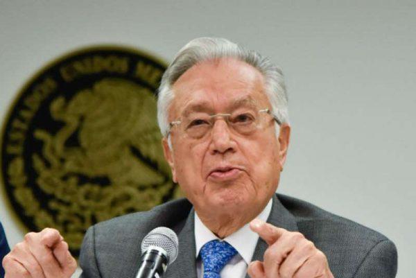 Llegaré a CFE para que sea una empresa de calidad mundial: Manuel Bartlett