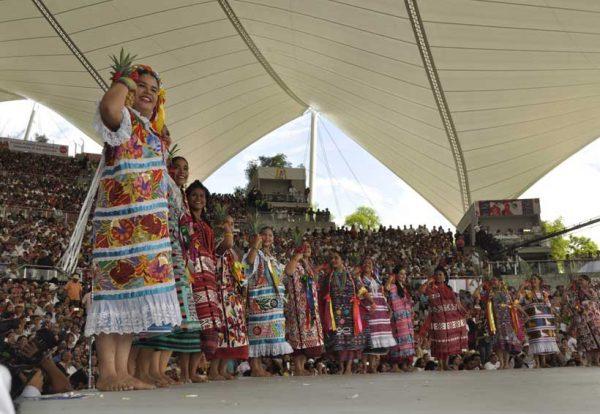 Flor de Piña no fue reconocida por 60 años, porque  Guelaguetza es más regionalista: Guardado Campa