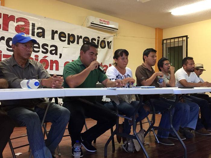 Ulises Ruiz no tiene calidad moral, fue represor: Sección 22