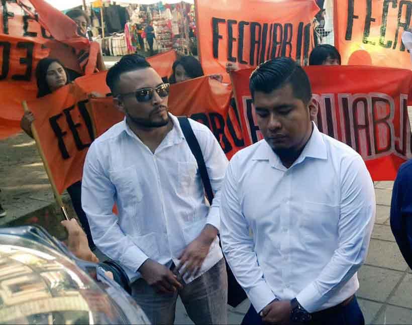 Con manifestaciones exigen espacios en la UABJO