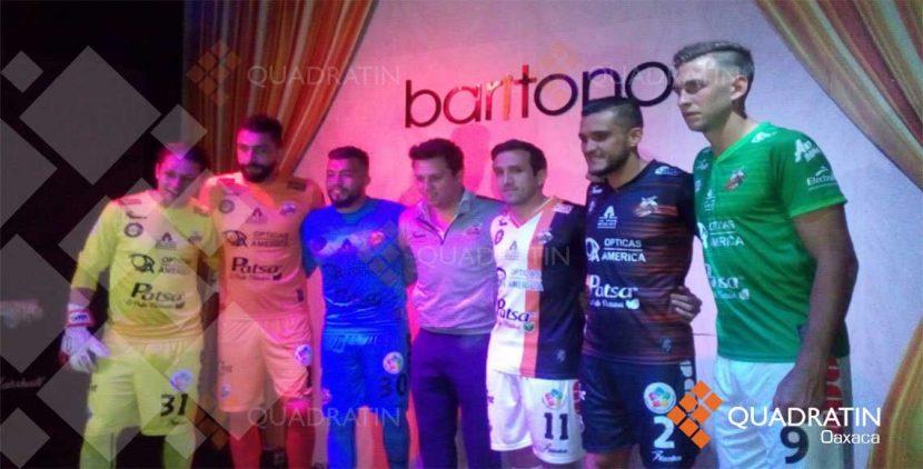 Presenta Alebrijes de Oaxaca a sus nuevos jugadores y uniformes