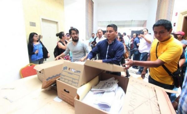 Denuncian hallazgo de material electoral falso en Puebla