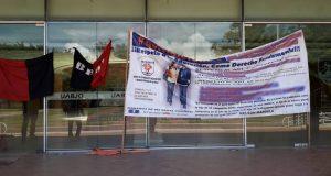Estudiantes protestan y piden más espacios en la UABJO
