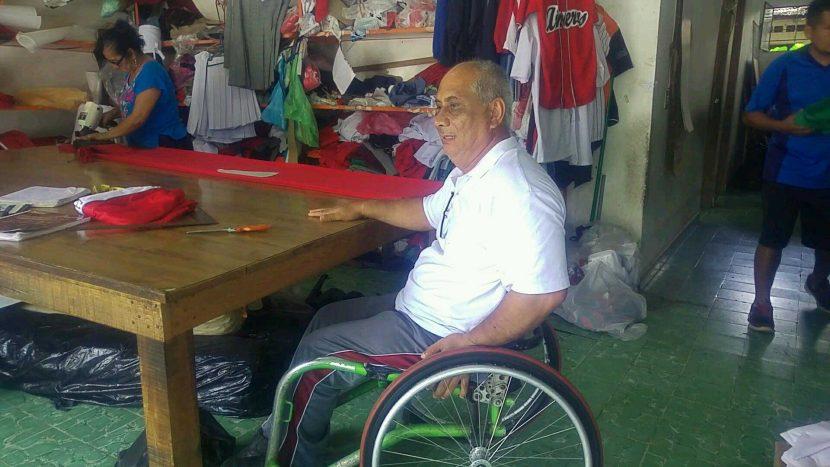 Desinterés de la sociedad y autoridades en crear condiciones para personas en sillas de rueda