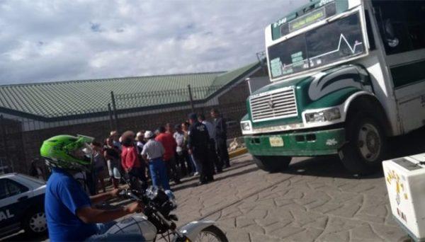 Amenazan con quemar camiones urbanos por mal servicio