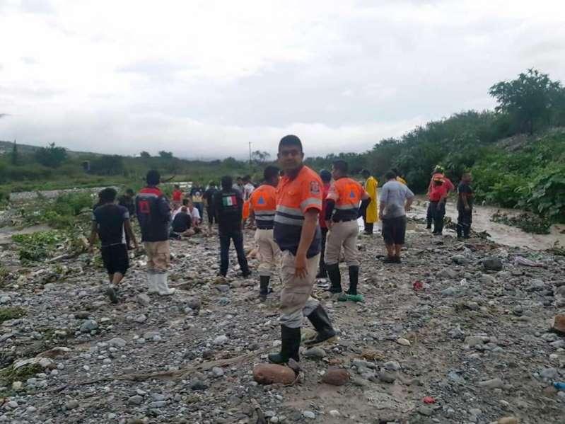 Tormenta 'Ileana' y huracán 'John' causan 7 muertes
