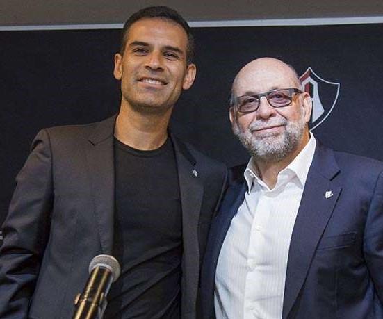Rafa Márquez impondrá su sello: Exigencia y profesionalismo